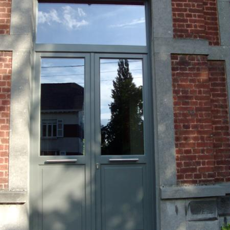 Double porte bois méranti lasure Gris quartz N739 panneau plat bande